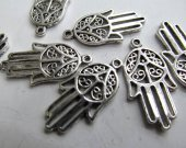 high quality lot 15x38mm 100pcs vitiage Bail filigree finding metal silver plated hand hamsa  focal ring jewelry finding beaded