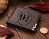 Harry Potter  Platform 9 3/4 Hogwarts Express  Leather Wallet