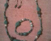 Pretty Teal Necklace Set With Feather Earrings and Bracelet