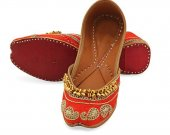 Indian shoes with goongroo and delicate zardosi work, Flat slip ons, mojari - HNM-FWS-10007