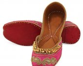 Indian shoes with goongroo and delicate zardosi work, Flat slip ons, mojari - HNM-FWS-10003