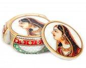 Marble Tea coaster with rajpooti lady figure HNM-HMRH-10058