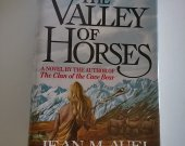 The Valley of Horses by Jean M. Auel  Hardcover