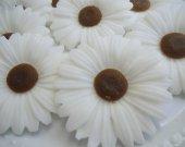 100 daisy soap favors - unique bridal shower favors - garden baby shower soap favors - daisy wedding favors - sunflower birthday soap favors