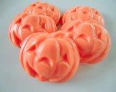 30 Jack O™lantern soap favors - Halloween pumpkin favors - pumpkin birthday favors - orange pumpkin favors - Halloween pumpkin school favors