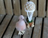 """Composition """"I believe I can fly"""" kiwi with hot-air balloon. Needle felted bird. Needle felted kiwi. Small kiwi and decor hot-air balloon."""