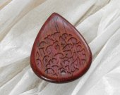 Wooden guitar pick with Urushi - japanese lacquer, Purpleheart exotic wood plectrum
