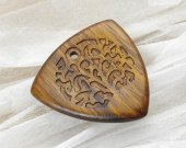 Wooden guitar pick with Urushi - japanese lacquer, Ovangkol exotic wood plectrum