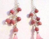 Callalily Earrings, Flower Bead Earrings, Floral Bead Earrings, Pink Earrings, Pink Dangle Earrings, Gemstone Earrings, Bridesmaid Gift