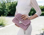 Handmade crocheted handbag color of the dusty rose