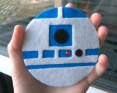 Felt R2-D2 gift R2-D2 coaster Star Wars Day Cozy coaster Coffee mug holder Tea mug holder Mug coaster Felt decor Home decor Tea cup coaster