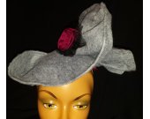 women's fascinator hat 1940's style grey with burgundy accent