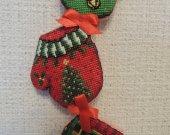 Holiday decor, Christmas decor, Christmas garland, novelty gift, wall decor, embroidery, home decor, Christmas gift, sto