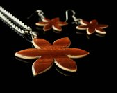 Womens wood jewelry set  Wooden pendant  Wooden earrings  Flower jewelry set  Mahogany and Maple Wood  Gift For Her