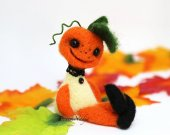Halloween needle felted pumpkin man ooak doll. Small Halloween ornament. Halloween gift