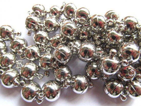 high quality 12mm 50pcs ball round margnetic clasp  smooth assortment  gunmetal silver  connectors  jewelry beads