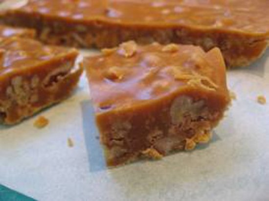 1 1/4 pounds caramel pecan fudge