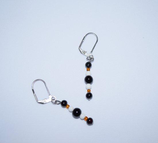 "Handmade ""Berner"" earrings, black onyx & riverstone, white and amber glass beads"