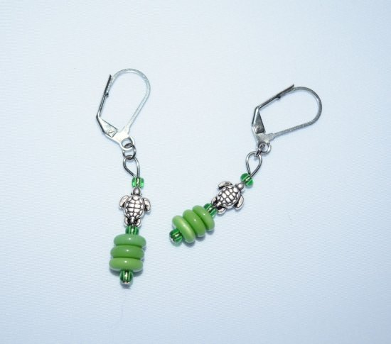 Handmade turtle earrings, turtle charm and green glass beads