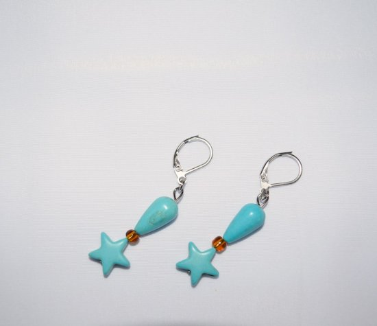 Handmade star earrings, turquoise resin and amber glass beads