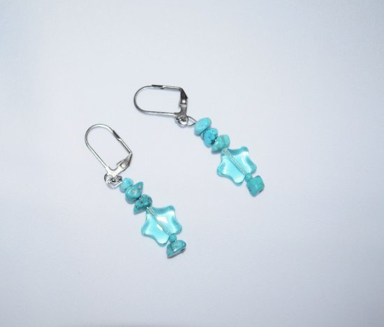 Handmade turquoise earrings,  turquoise chips, glass star bead, seed beads