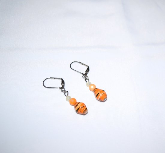 Handmade orange earrings, rolled paper, mother-of-pearl and white beads