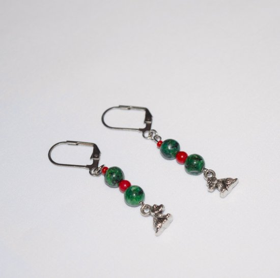 Handmade dog earrings, green hai jade and red bamboo beads, dog charm