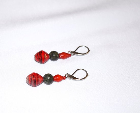 Handmade red earrings, green serpentine bead, red rolled paper beads