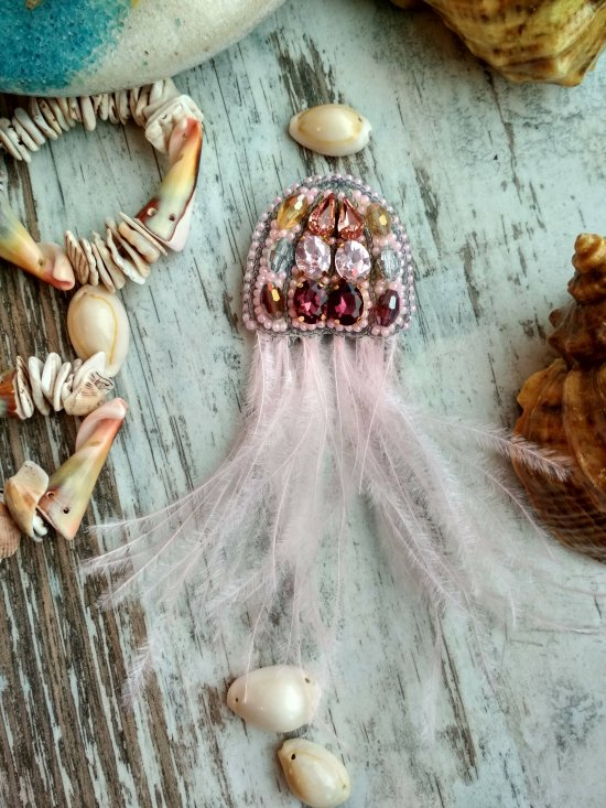 Beautiful Beaded Jellyfish Brooch, Handmade Brooch, Accessories, Pin, Handmade Jewelry, Pin,brooch jellyfish