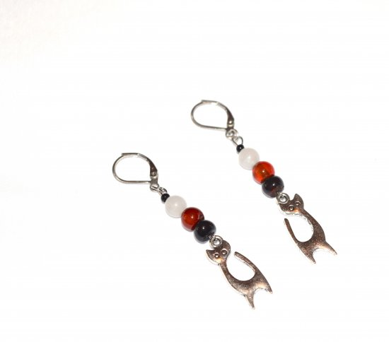 Handmade cat earrings, black, red and white agate beads, cat charm