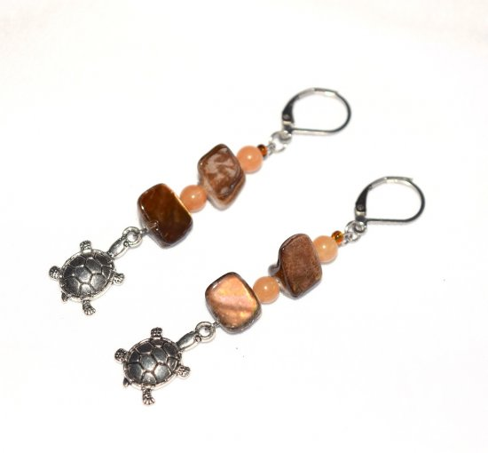 Handmade turtle earrings, brown mother-of-pearl chips, aventurine beads, turtle charm