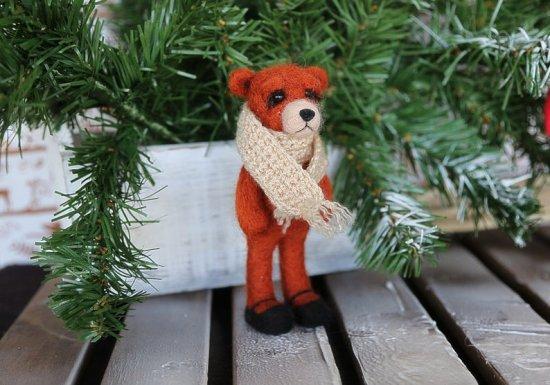 Needle felted animals. Cute small sad bear. Miniature animals. Interiors toy.