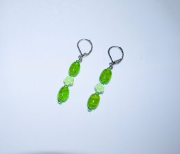 Handmade green earrings, green glass, flower beads