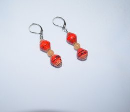 Handmade red earrings, rolled paper and aventurine beads