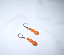 Handmade orange earrings, rolled paper, vintage wood and aventurine beads
