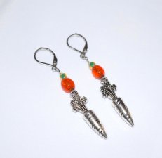Handmade carrot earrings, orange crackle glass, carrot charm