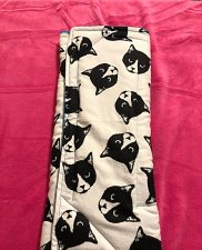 Black and White Kitty Heads Bed/Mat