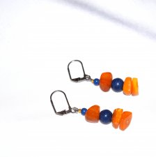 Handmade amber earrings, vintage amber rectangles, blue resin round beads