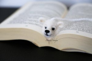White polar bear felted bookmark. Needle felted Christmas gift. Unusual ecofriendly gifts. Housewarming gifts. Wool bear ooak
