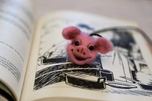 Needle felted bookmark pig housewarming gift for her. Miniature wool piglet OOAK doll. Unusual gift for Christmas. Gift for teacher.