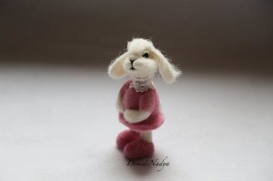 Needle felted white Easter bunny Anna. Wool OOAK doll rabbit. Easter home decor. Easter gift. Housewarming gift.