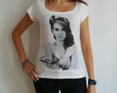 Lana Del Rey : pretty t-shirt, celebrity picture
