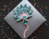 Flower beaded brooch
