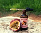 Passion Fruit Oil - Maracuja Oil - Pure Passion Fruit unrefined cold pressed oil - Organic Maracuja Oil