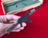 2mm AK-47 prototype with wood parts in black version