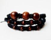 Triple bracelet with wood