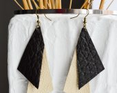 Leather earrings triangles