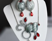 Set of pendant and earrings handmade with silk shibori ribbon and crystals