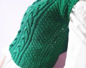Knitted green cashmere vest , Cropped sweater vest