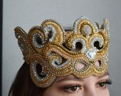 Historical style bridal crown tiara handmade gold color embroidered with crystal and crystals